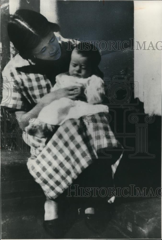 1925 Press Photo Lillian Carter & Jimmy - Historic Images