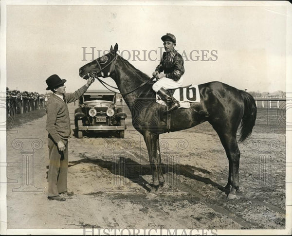 1931 Press Photo Protactor with Jockey Hebert wins Jamaica opening feature - Historic Images