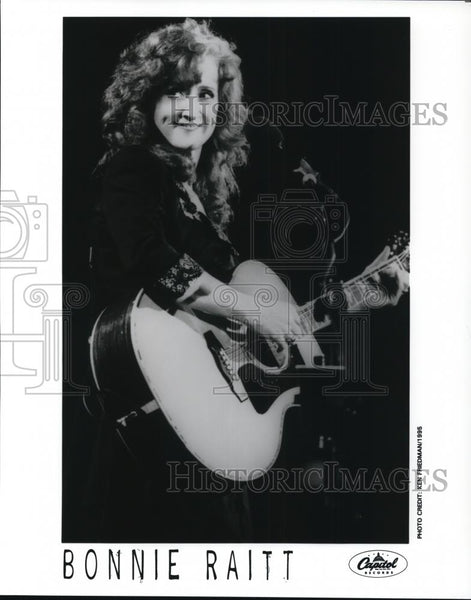 1996 Press Photo Bonnie Raitt - cvp28272 - Historic Images