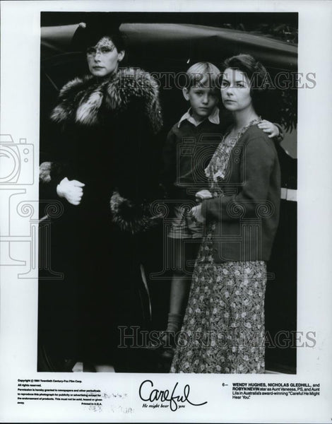 1994 Press Photo Wendy Hughes in Careful He Might Hear You - cvp27863 - Historic Images