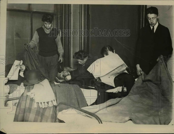 1922 Press Photo American Legion Hotel at night - Historic Images
