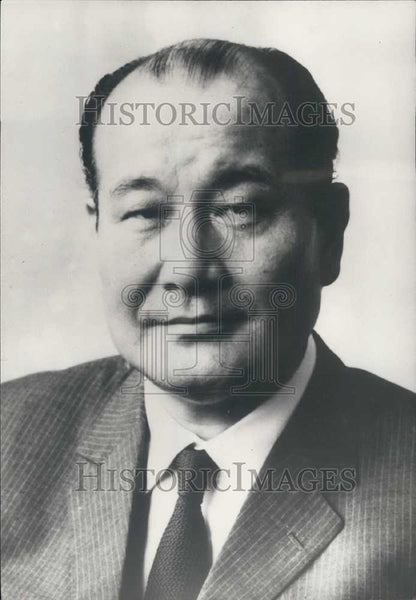 1975 Press Photo Mr Hideo Kitahara, new Japanese ambassador to France - Historic Images