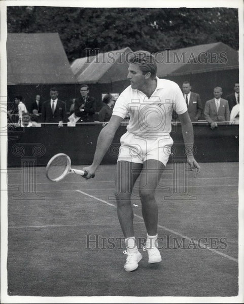 1952 Press Photo J. Grinda (France) at Wimbledon first day - Historic Images