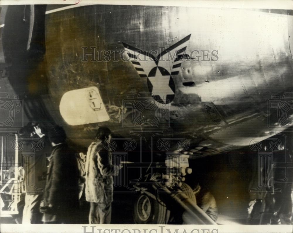 1969 Press Photo El al Airliner which was hit by 40 bullets in terrorist attack - Historic Images