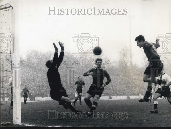 1956 Press Photo FB Match Against Belgie At Clogne $:1 For Germany- Kwiatkowski - Historic Images