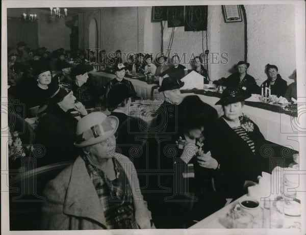 1937 Press Photo Mother in laws Gathered at the Mother in law day in Amarillo Tx - Historic Images