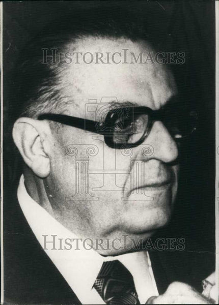 Press Photo Mr Guy Pinot, french fashion designer - Historic Images