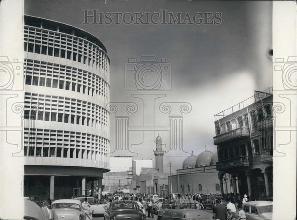 Press Photo The Old And The New buildings In Bagdad - Historic Images
