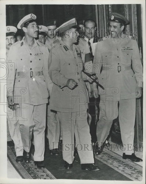 1954 Press Photo General Meguib &Hassan Ibrahim, Minister of Egypt - Historic Images