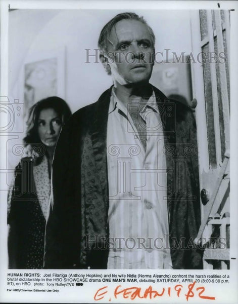 1991 Press Photo Anthony Hopkins and Norma Aleandro star in One Man's War - Historic Images