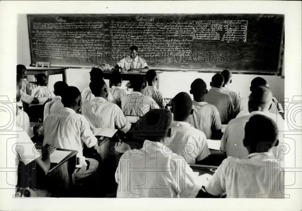 Press Photo Congo - Zaire : ST. Pierre school for mechanics - Historic Images