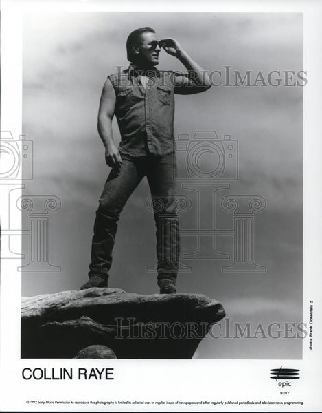 1992 Press Photo Collin Raye - cvp28282 - Historic Images