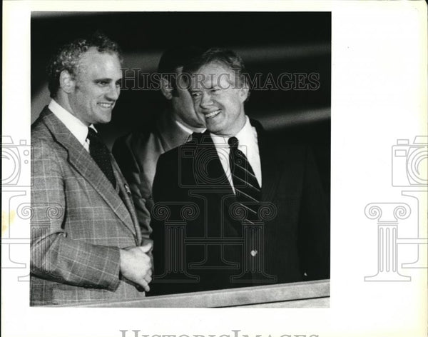 1980 Press Photo Pres Carter greets Transportation Sec Neil Goldschmendi - Historic Images