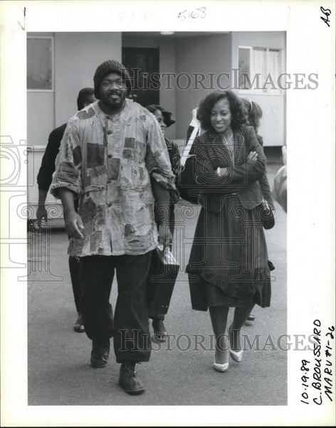 1989 Press Photo Eldridge J. and Dayno Broussard Leave Clackamus Co. Courthouse - Historic Images