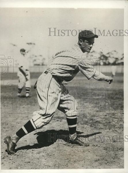 1930 Press Photo Brooklyn Nationals Clive Dudley traded to Phillies - Historic Images
