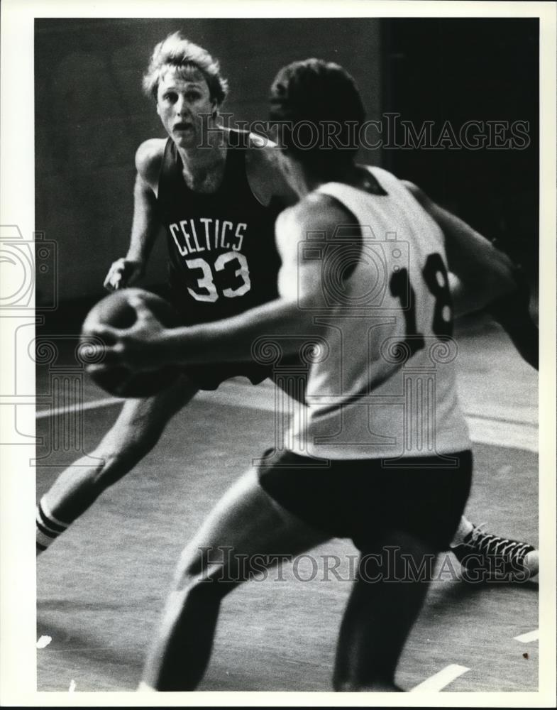 Press Photo Larry Bird Of Boston Celtics - Historic Images