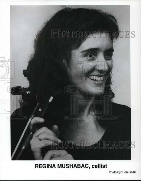 1992 Press Photo Regina Mushabac Cellist - Historic Images