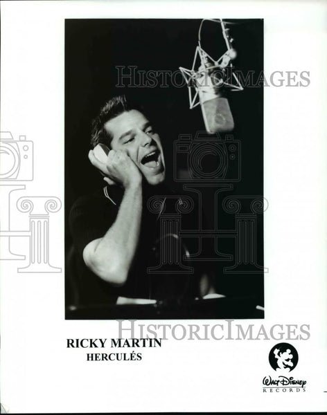 Press Photo Ricky Martin in Hercules - cvp45316 - Historic Images