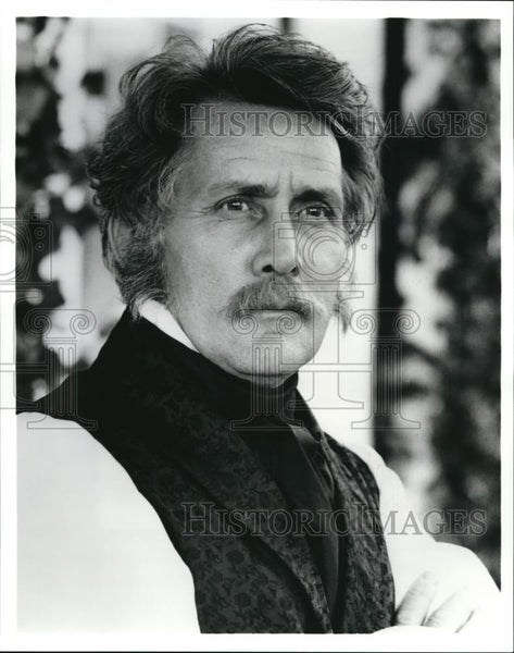 Press Photo Martin Sheen in Alex Haley's Queen - cvp72293 - Historic Images