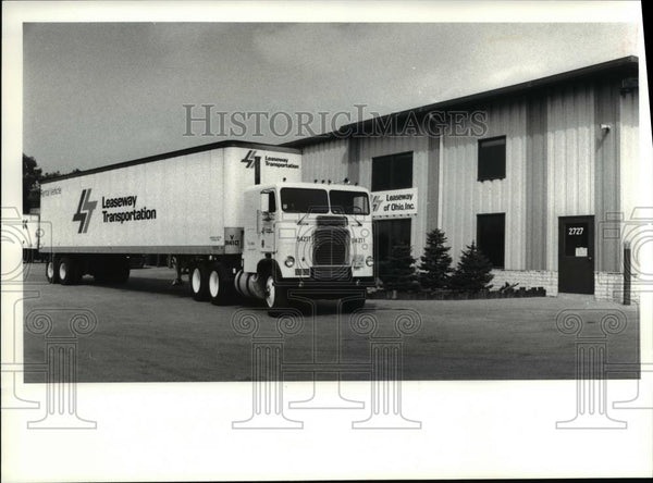 1980 Press Photo Headquarters of Leasway Transportation of Ohio Inc - Historic Images