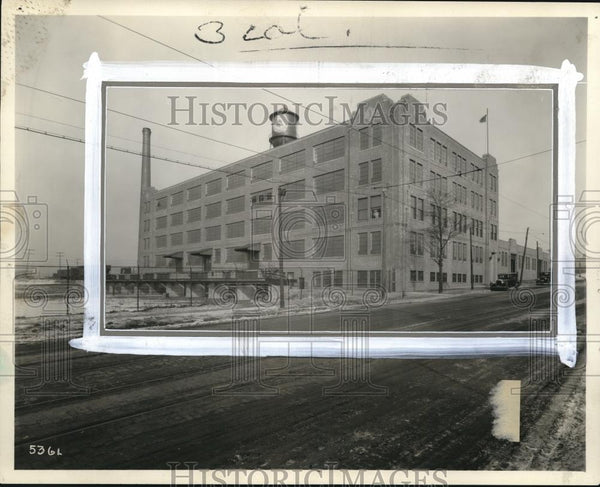 1928 Press Photo New Ohio Bell Warehouse at E101 Woodland Ave - Historic Images