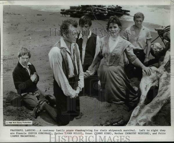1969 Press Photo Swiss Family Robinson Kevin Corcran John Mills James MacCarther - Historic Images