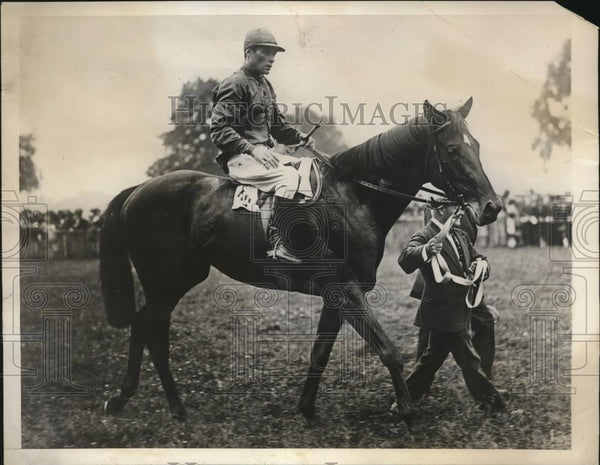 1930 Press Photo Lonchamps France F Herne on Fiterari at Grand Prix - nes26423 - Historic Images
