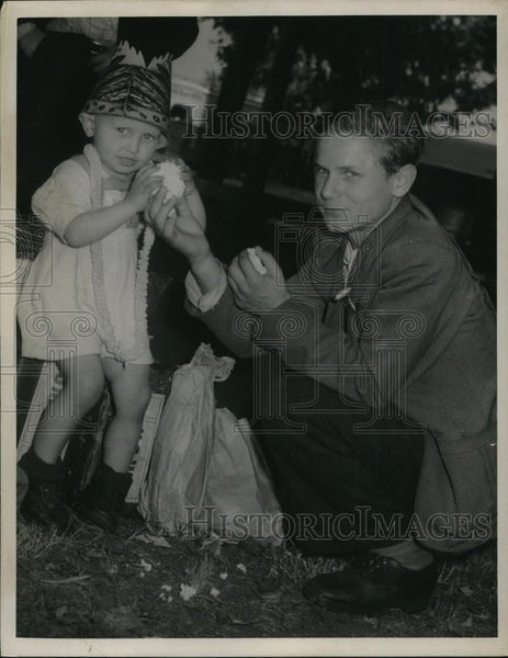 1949 Press Photo Leon Panic And Brother Rudolf Americana - nee11047 - Historic Images