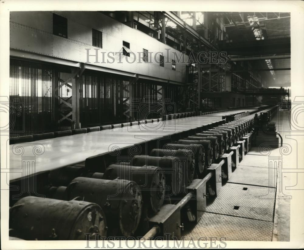 1938 Press Photo Republic Steel Corp's Strip Mill in Cleveland - Historic Images