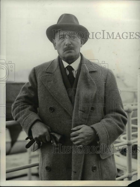 1931 Press Photo Captain Otto Rulton Inventor of Fulton Systems Radio Television - Historic Images