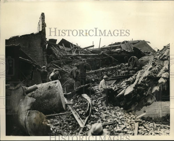 1932 Press Photo The remains after the explosion of the Ohio Mill - Historic Images