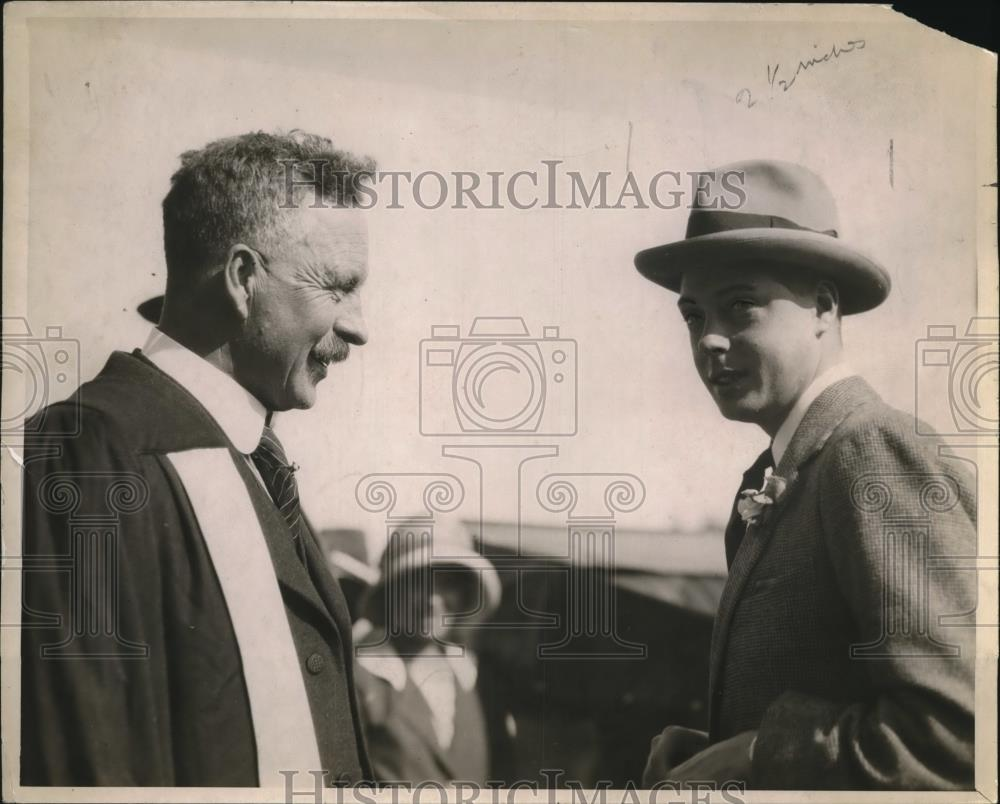 1919 Press Photo Prince of Wales chatting with Wean of University of Alberta - Historic Images