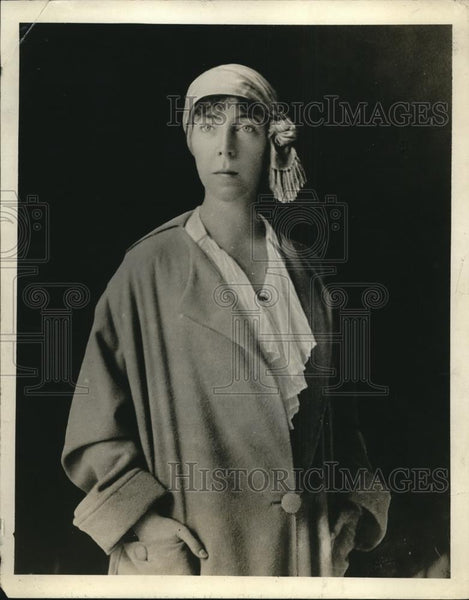1918 Press Photo Queen Elizabeth of Belguim takes again her place with husband - Historic Images