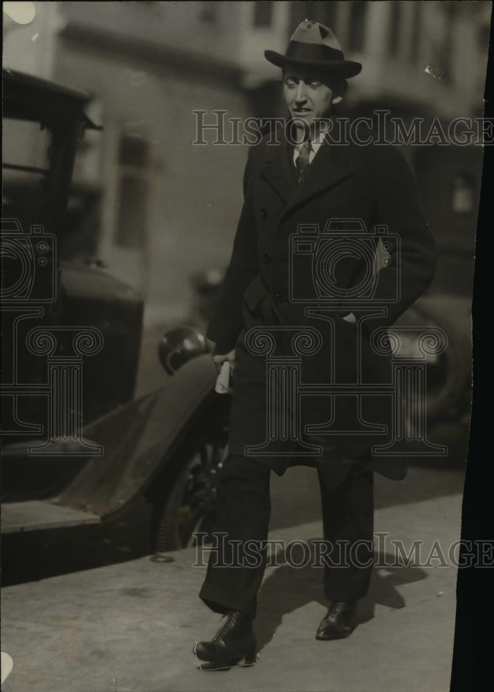 1924 Press Photo Will H Hays leaves Hollywood film capital, California - Historic Images