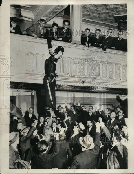 1931 Press Photo Figure of Italian Minister Dino Grandi hang by Anti-Fascist. - Historic Images
