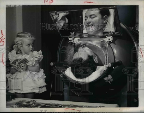 1948 Press Photo Fred Snite Jr, infantile Paralysis in Iron Lung at Mayfair Club - Historic Images
