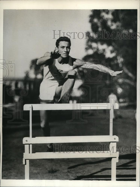 1932 Press Photo Gus Meier Stanford University sophmore at hurdles - nes34420 - Historic Images