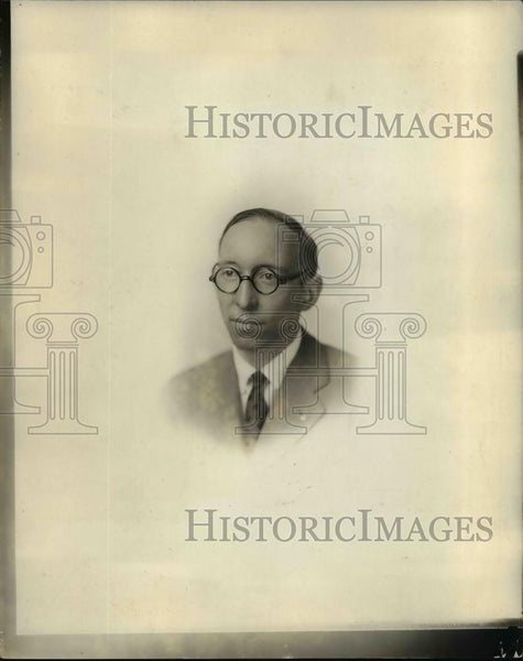 1928 Press Photo S. Lirbrains, works manager Victor Machine Co. - Historic Images