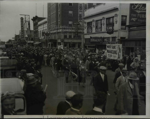 1935 Press Photo a march by the Wisconsin Progressive Party - Historic Images