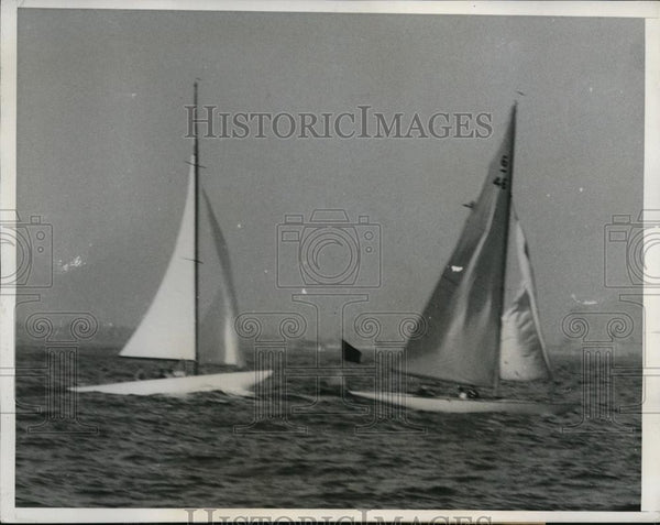 1933 Press Photo Caprice & Mystery in yacht race at San Pedro - nes40406 - Historic Images
