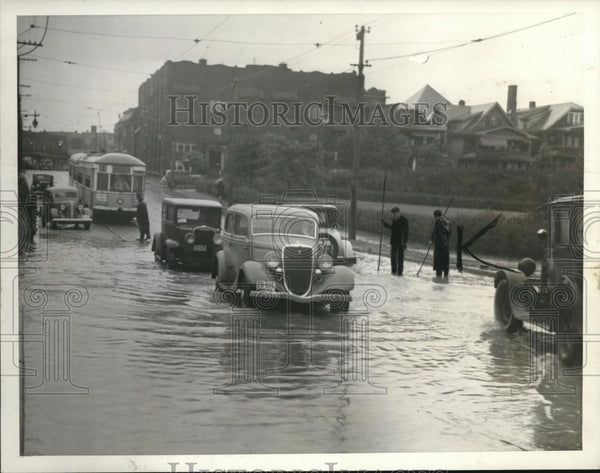 1936 Press Photo Floods at Arlington Ave. across from Forest Hill Pool - Historic Images