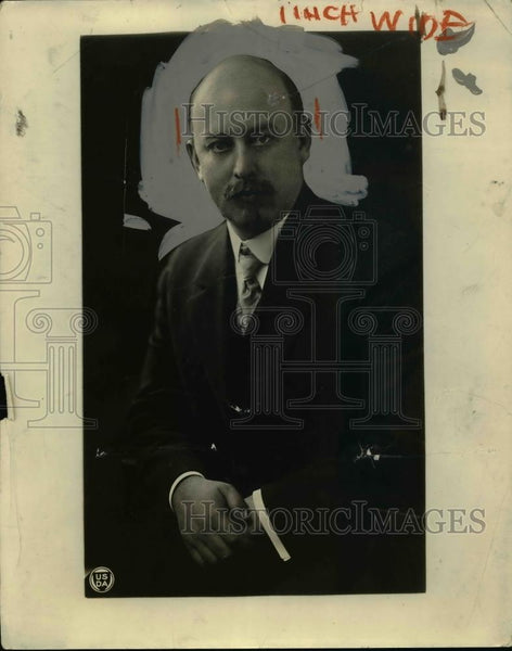 1924 Press Photo Dr John R Mohler at his office - nee85865 - Historic Images