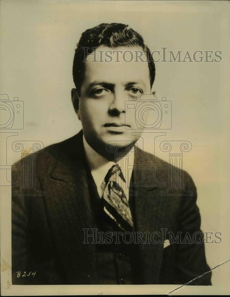 1931 Press Photo Thomas L Stix president Book League of America on NBC radio - Historic Images