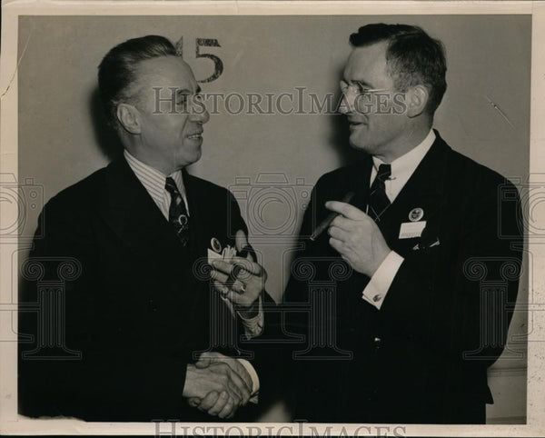1936 Press Photo L.W.Monteverde and J.Meryl Silk of Pennsylvania Real Estate - Historic Images