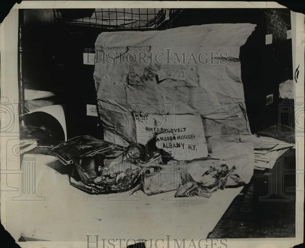 1929 Press Photo A bomb addresses to Governor FD Roosevelt found in NY - Historic Images