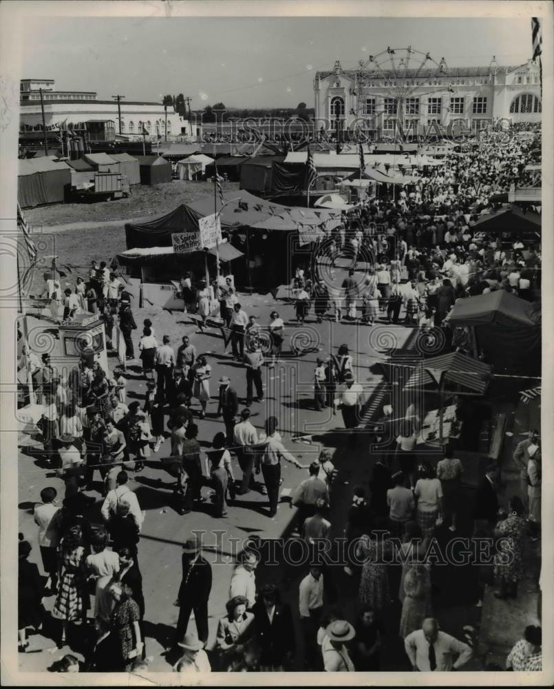 1947 Press Photo The 1947 Oregon State Fair - orb20686 - Historic Images