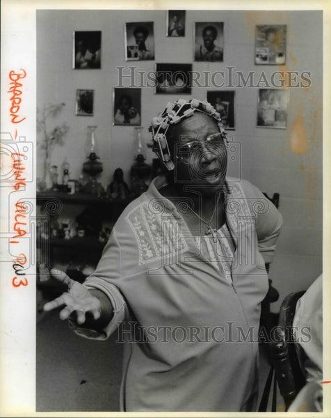 1987 Press Photo Willia Barron of Columbia Villa in Portland, Oregon - orb08067 - Historic Images