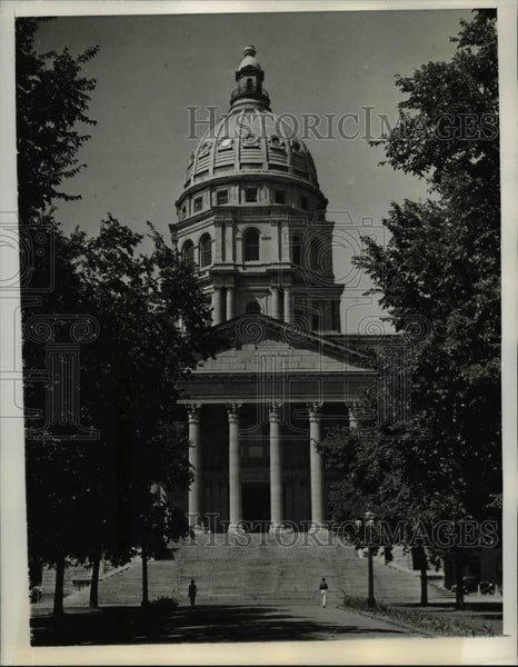 1936 Press Photo The Kansas State Capitol - orb24795 - Historic Images