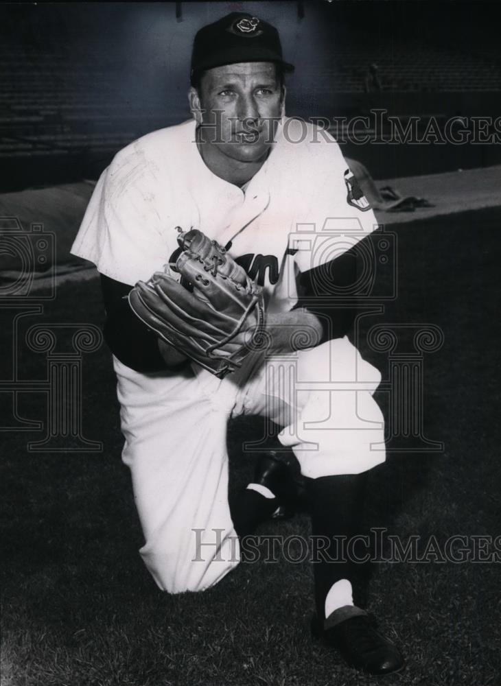 1966 Press Photo Ralph Kiner of Cleveland Indians in Stadium Workout - cvs03473 - Historic Images