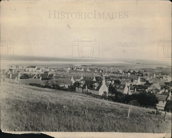 Press Photo Village of Lassiemouth England where Isabel MacDonald born - Historic Images